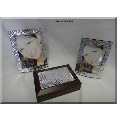 Hammered Frames and Jewelry Box Favor Ideas