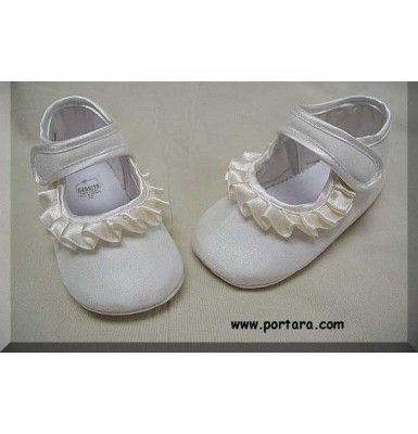 Pearl White Silk Fashion Christening Shoes for Your Baby Girl