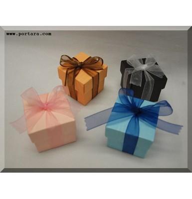 Elite European Favor Boxes with Almonds Confetti in Classic Style